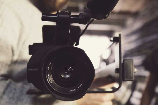 4 ways a promotional video can increase your sales